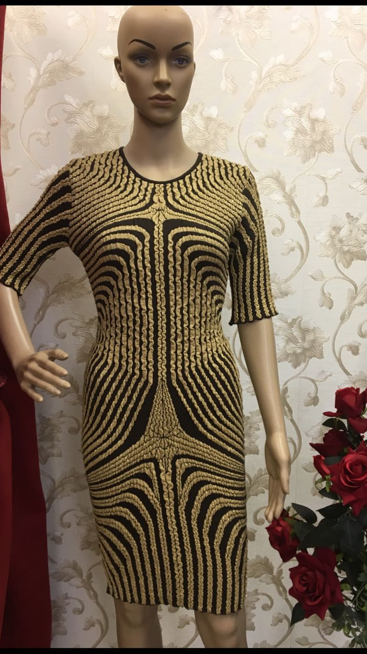 brillant-gold-and-black-embellished-sheath-dress