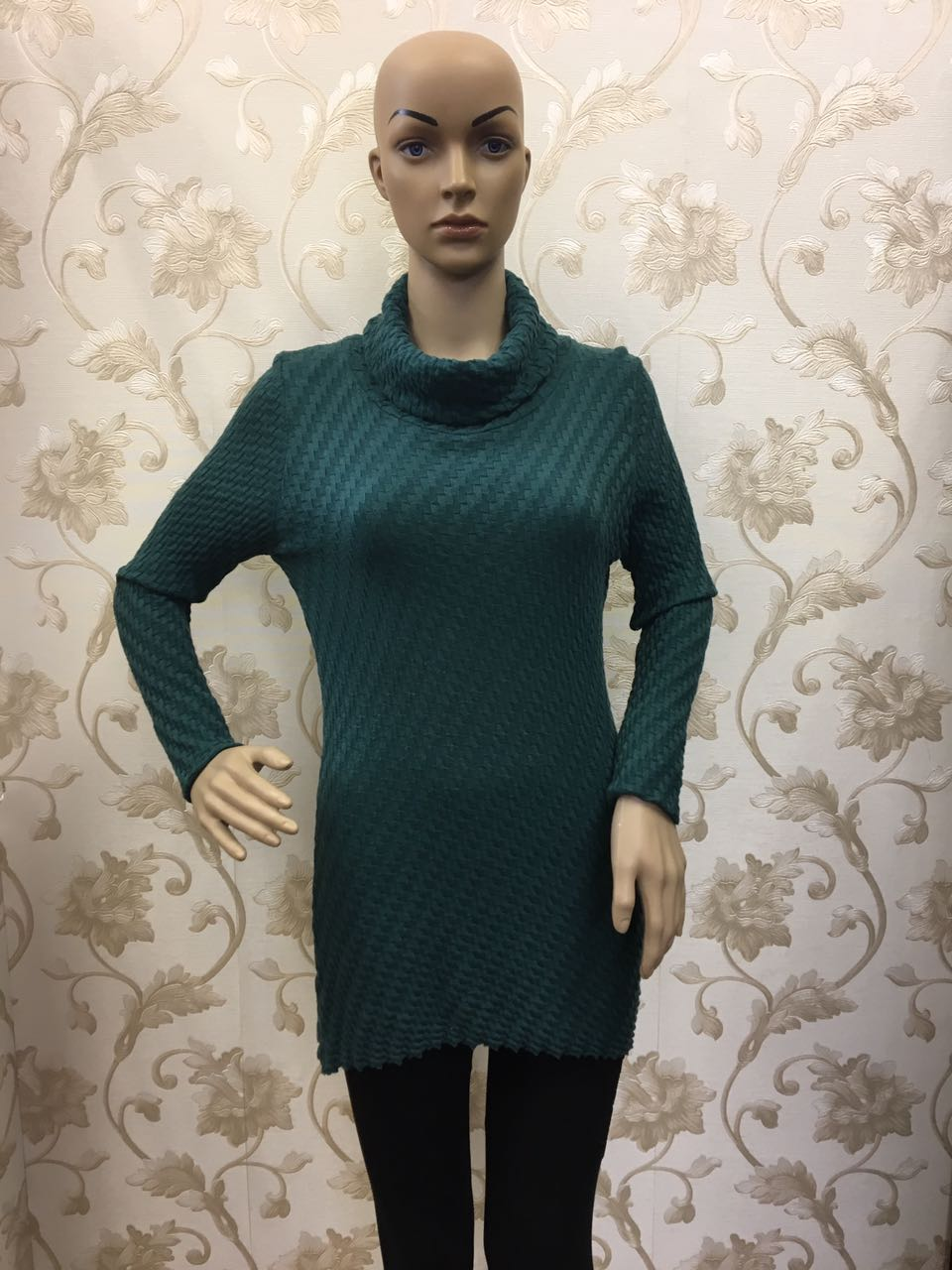 raffinato-emerald-green-knitted-polo-neck-top-