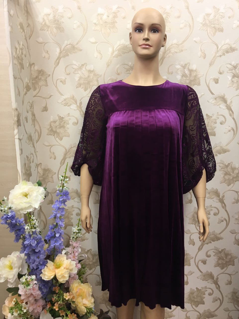 du-lusso-delicate-lace-and-pleats-graced-glossy-violet-dress