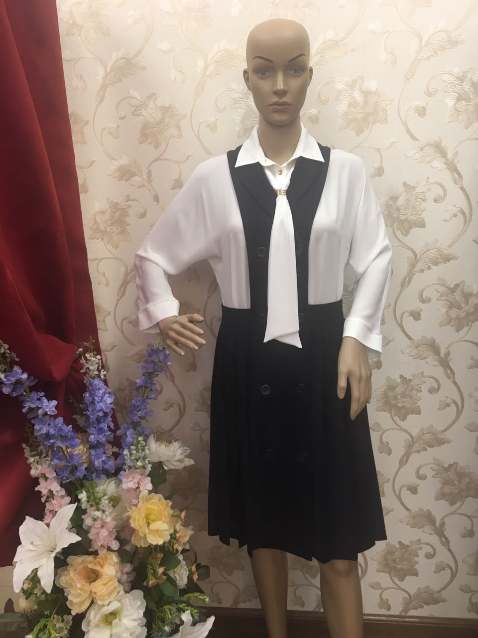 elegant-navy-pleated-skirt-pinafore-dress