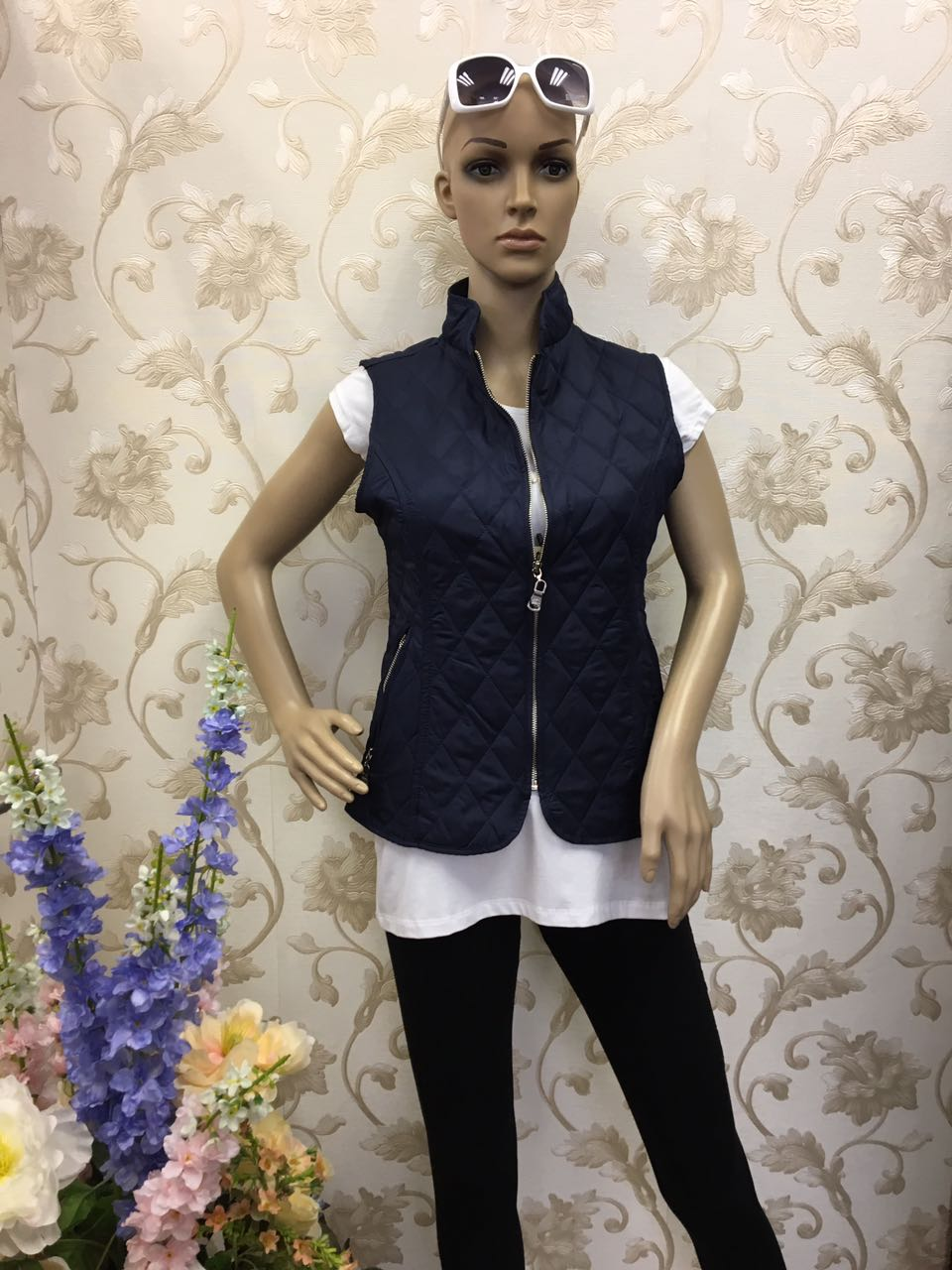 burberry-sleeveless-summer-gilet